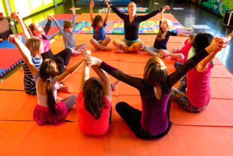Yoga para Niños en Familia